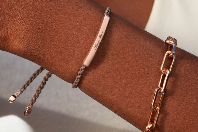 A model wearing the Linear Friendship Bracelet with a Mink cord