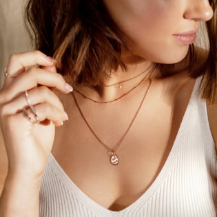 what are the different types of necklace chains?