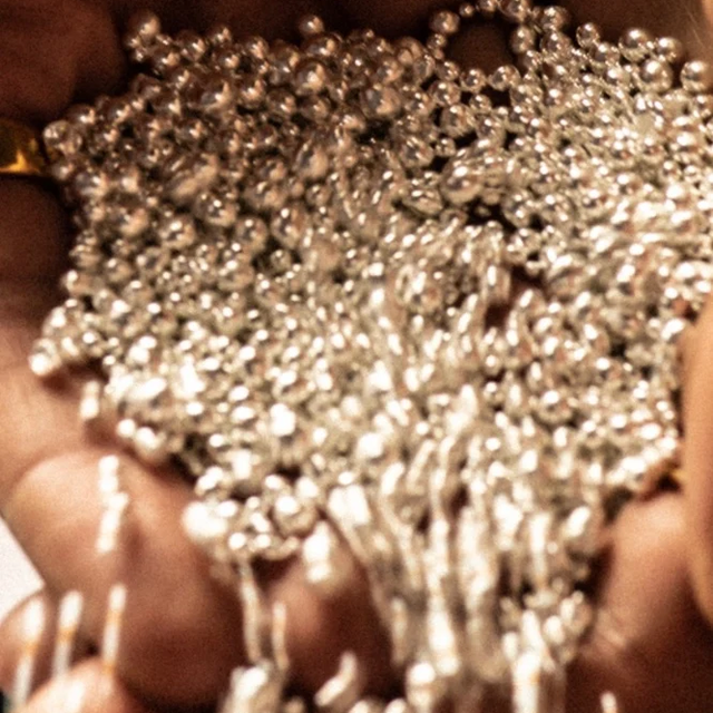 we follow a process to ensure our sustainable rings are made ethically