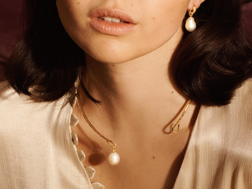 Is a torc a type of necklace?