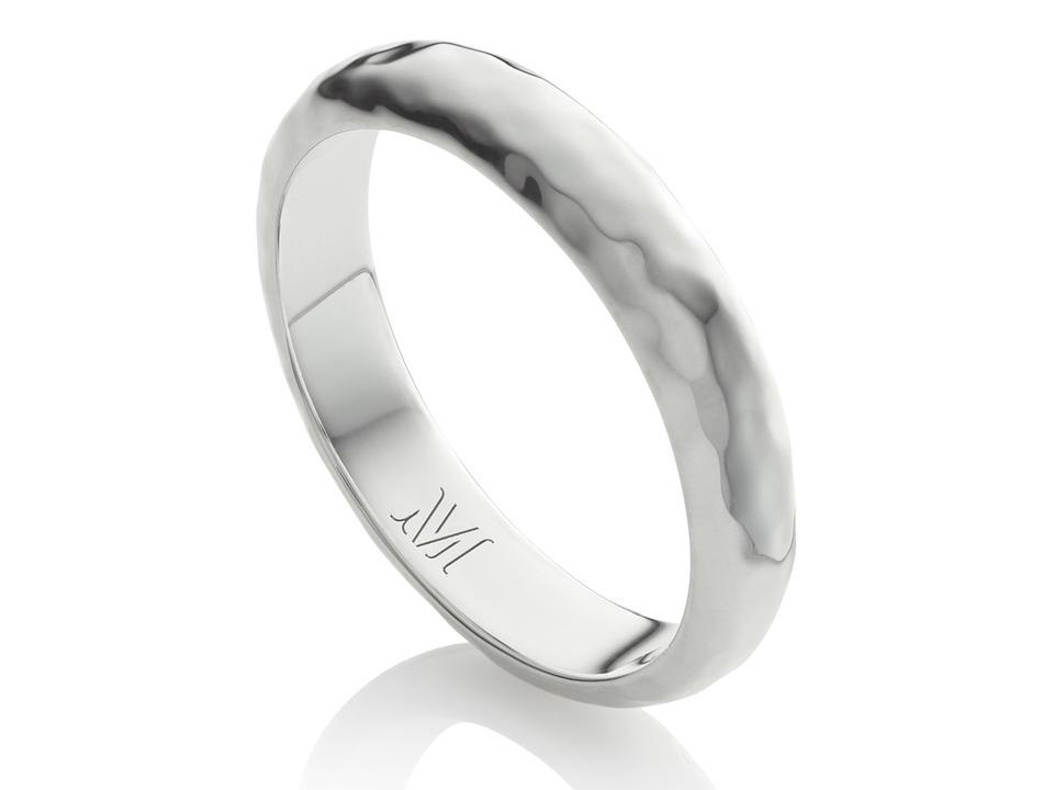what ring types do men wear?
