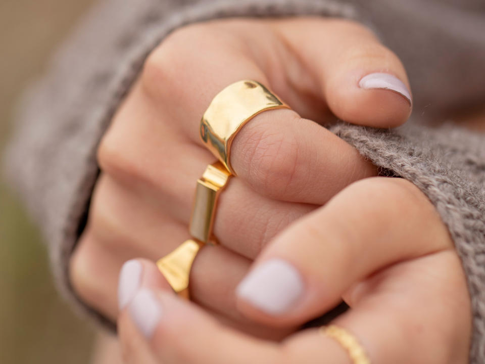 what are the benefits of cleaning gold jewellery