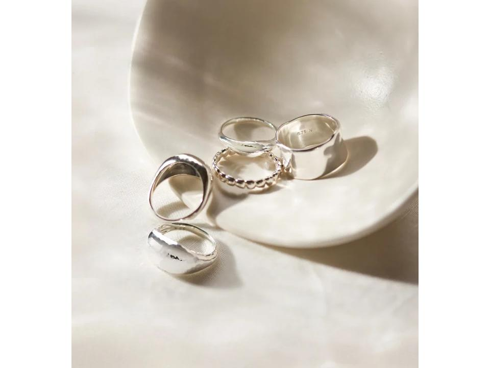 what are simple rings