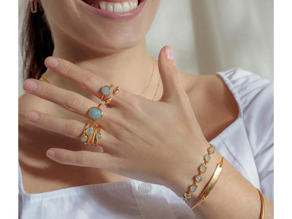 aquamarine is a calming semi-precious gemstone