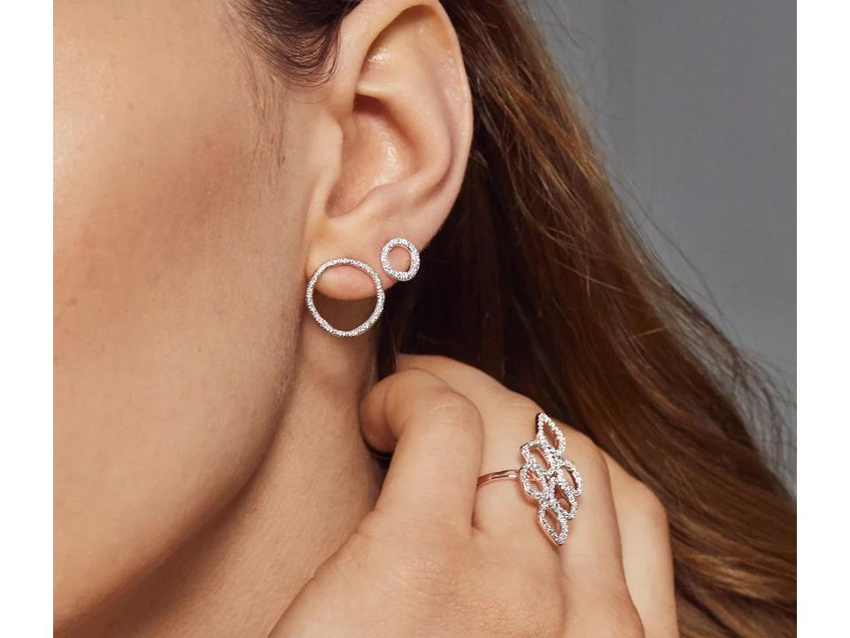 earrings can have different diamond shapes set in them