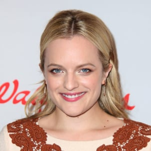 Elisabeth Moss wears Monica Vinader rose gold Skinny short bud earrings