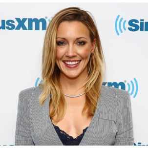 Katie Cassidy wears Esencia necklace and Fiji diamond bracelet