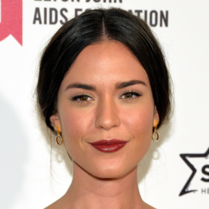 Odette Annable wears Monica Vinader Diva Diamond Lotus Open Drop Earrings while attending the 23rd Annual Elton John AIDS Foundation Academy Awards Viewing Party.