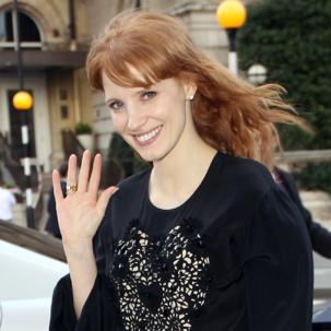 Jessica Chastain wears Monica Vinader Siren and Skinny diamond rings in London