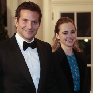 Suki Waterhouse wears Monica Vinader Riva Diamond Hoop Earrings at the 2014 White House State Dinner with Bradley Cooper.
