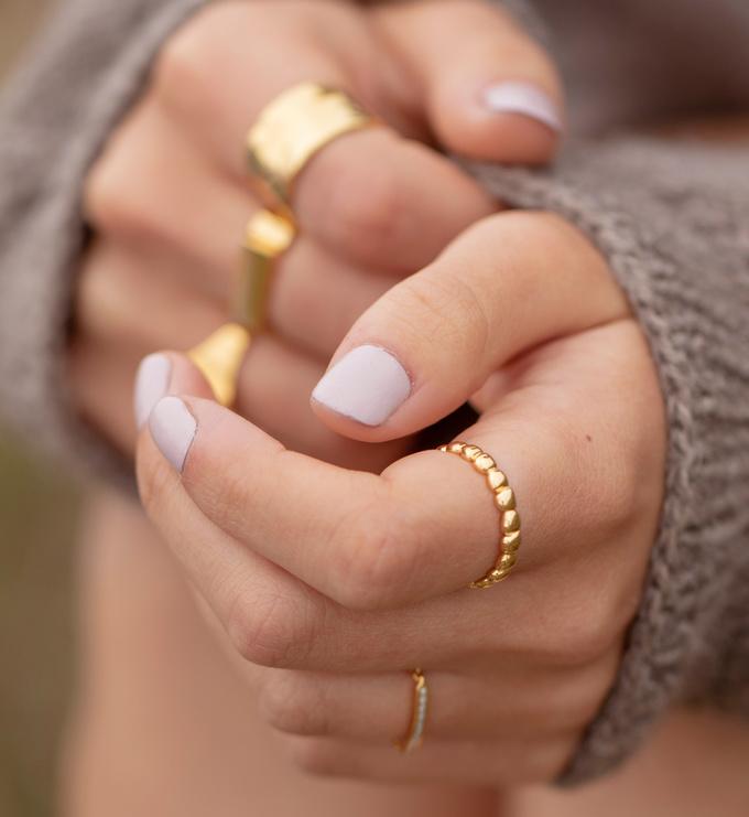 Gold Vermeil Nura Teardrop Eternity Ring - Gold Vermeil Nura Teardrop Eternity Ring - Monica Vinader