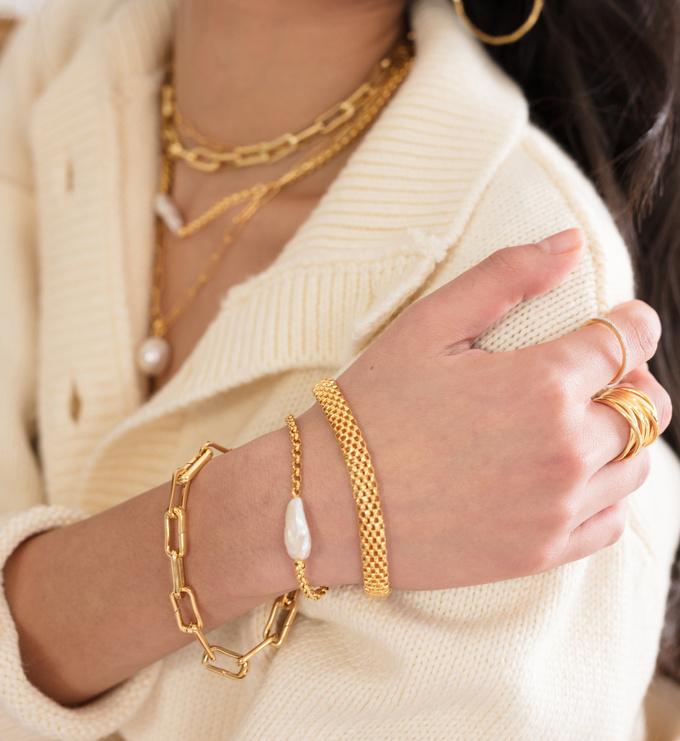 Gold Vermeil Nura Biwa Pearl Bracelet - Pearl - Monica Vinader
