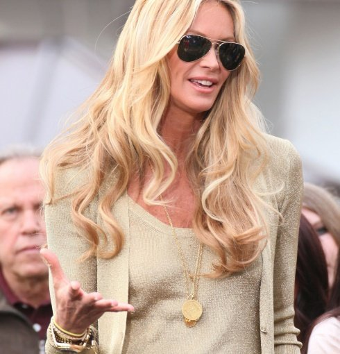Elle Macpherson wears Monica Vinader Rio Bracelet with Black cord and Mini Marie Pendant.