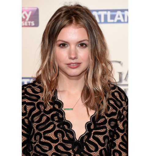 Game of Thrones star Hannah Murray wears Monica Vinader Baja Precious Necklace in Emerald to the Season Premiere at Tower of London
