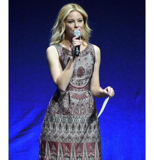 Elizabeth Banks wearing Siren stacking ring