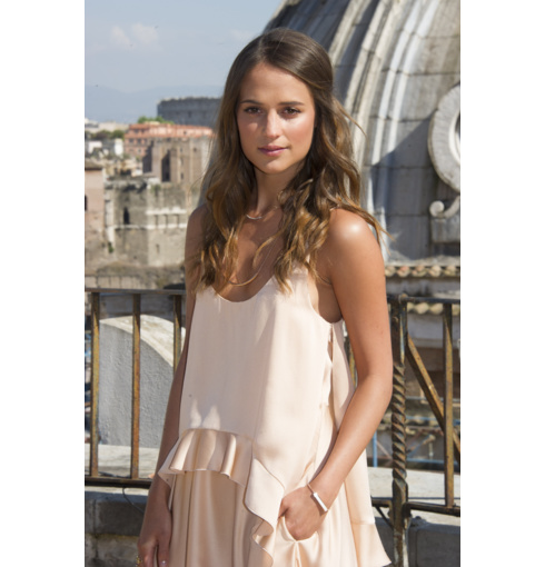 Alicia Vikander wears Monica Vinader Esencia Long Plain Chain Necklace, Skinny Curve Necklace and the Baja White Chalcedony Bracelet to the The Man from UNCLE Photo Call in Rome. Shop the collections now for free delivery.